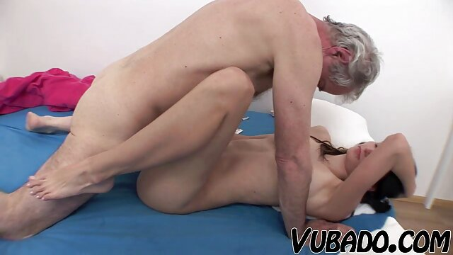 نوجوان ریزه اندام لاتین در شلوار تصاویر خفن سکسی یوگا لعنتی هاردکور creampie گربه