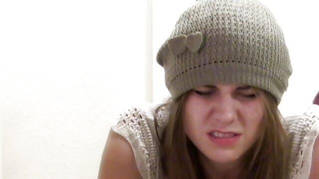 میراندا کر برهنه در عکس سکسی خیلی خفن تقویم 2010