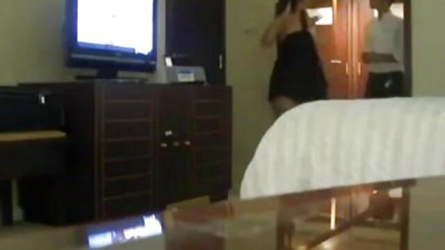 زیبایی بالغ جولیا عکس کس لیسی خفن آن در هنگام حمله مقعدی تقدیر می کند!