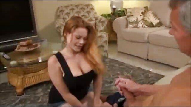 دختر تند و زننده آسیایی با پس زمینه ربودن گربه عکس کیر تو کوس خفن مودار - تمیز