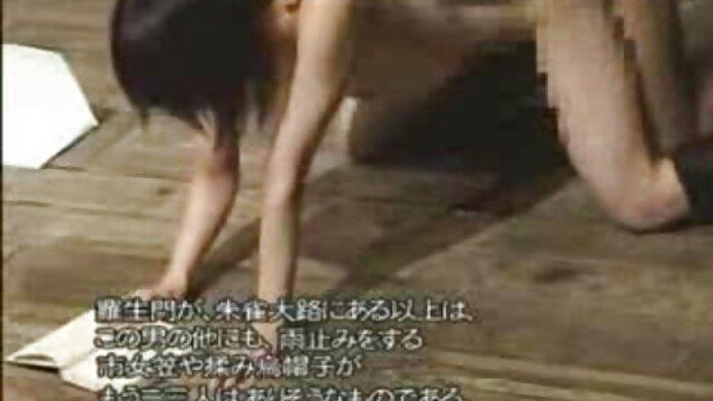 تقلید طعنه آمیز کنجکاوی - عکس سکسی حشری خفن طبقه پایین - خنده دار
