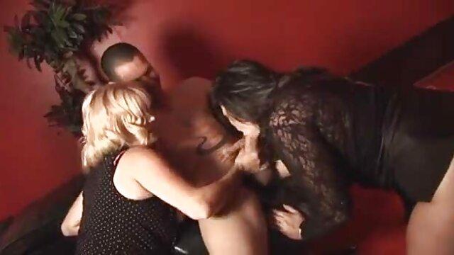 اشلی سکس متحرک خفن آدامز squirting بر روی خروس سیاه - جلسات شوهر زن