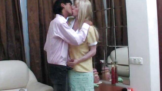سکس عکس های سوپر خفن صبح آماتور زن و شوهر هندی