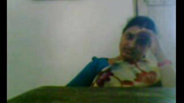 دختر مدرسه ای Pigtailed همکلاسی خود عکس و فیلم سکسی خفن را لعنتی کرد