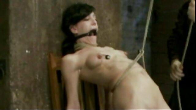 بازگشت گیلاس ترون عکسهای سکسی خیلی خفن !!
