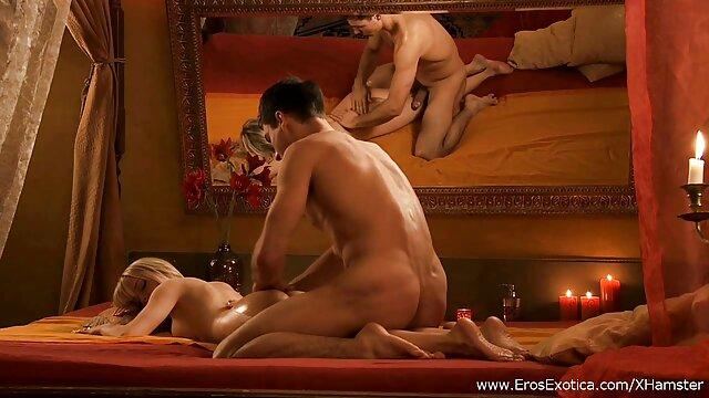 نوجوان شاخ آریا پری عکسهای سکسی خفن با جوراب ساق بلند